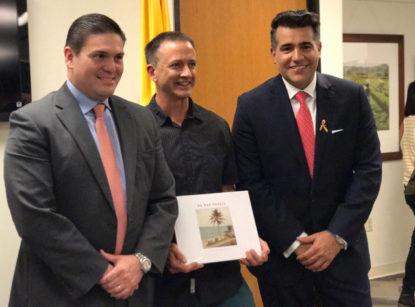 Juan Carlos Pinzón, Colombian Ambassador to the U.S., author Matthew O'Brien, Consul Carlos Calero